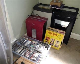 CDs and DVDs, Vinyl Albums, Paper Shredders