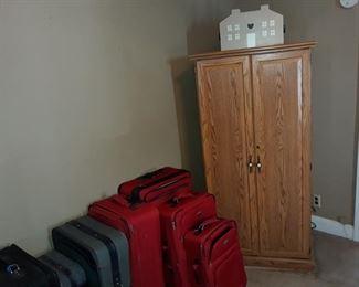 Desk Armoire, Luggage
