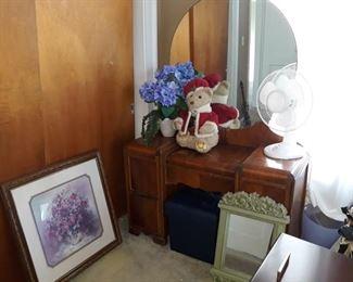 Art Deco Vanity, Decor, and Home Goods