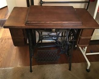 Old collectible Singer Sewing  Machine
