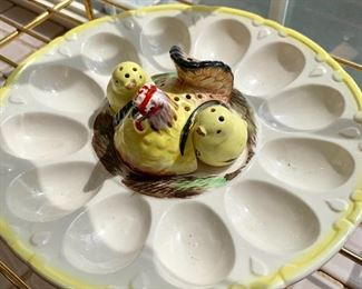 Too cute - vintage egg serving dish with salt/pepp