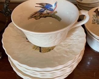 "Elegant Alfred ""Birds of America"" 24 piece cups and saucers"