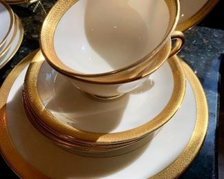 Love the simplicity of the gold on this Lowell by Lenox china