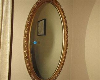 wall décor oval mirror