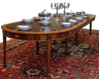 English Hepplewhite Inlaid Accordion Dining Table. c. 1890. Mahogany.