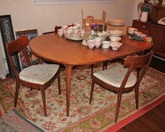 Drexel 50's Teak Dining Room Table and 4 Modern Chairs