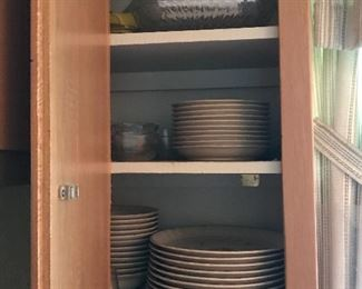 Set of stoneware plates
