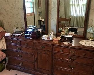 Beautiful dresser with double mirror