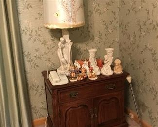 End table with collectibles