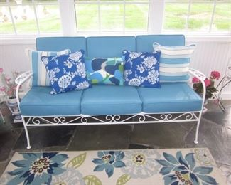 Vintage Outdoor Patio Suite