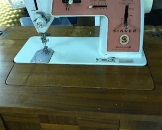 MCM Singer sewing machine