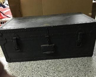 Vintage Belber foot locker