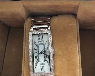 Collection of ladies watches DMQ