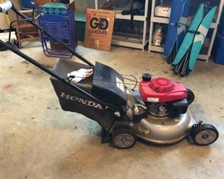 Honda lawn mower for sale but can't be picked up until Tuesday evening. Owners must cut lawn one more time.