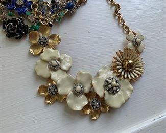 White House Black Market runway necklace