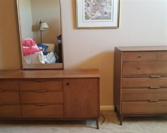 American of Martinsville MCM dresser with mirror and chest of drawers
