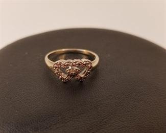 18 K White Gold Ring Real Diamonds https://ctbids.com/#!/description/share/233694