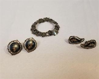 Antique Sterling Silver Siam Jewelry Set https://ctbids.com/#!/description/share/233701