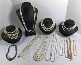 Costume Pearls https://ctbids.com/#!/description/share/233718