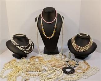 Parade of Pearls https://ctbids.com/#!/description/share/233736