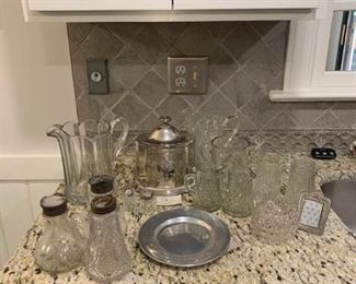 Assortment of glassware and a museum re-creation https://ctbids.com/#!/description/share/233748