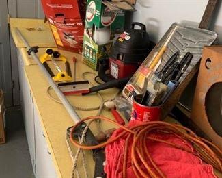 Assortment of household goods https://ctbids.com/#!/description/share/233764