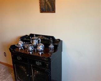 Ethan Allen stenciled dry sink