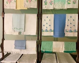 A beautiful collection of finger tip and hand towels in a verity of pastel colours.