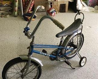 Vintage Schwinn Bike w banana seat Sting Ray Pixie