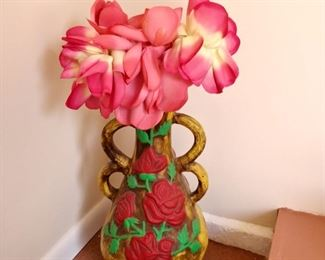 Clay pottery flower stand