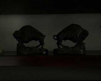 Pr. of buffalo bookends