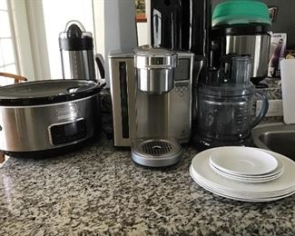 Expresso Machine, Cuisinart, Slow Cooker