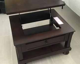 Cocktail Table adjustable for watching TV and eating, $ 175.00