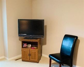 Tv Cabinet/ Flatscreen TV