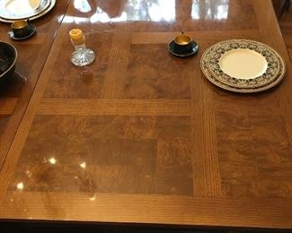 Beautiful inlaid top to the dining table