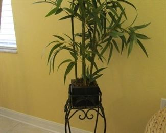 GREAT LITTLE ARTIFICAL TREE AND IRON STAND