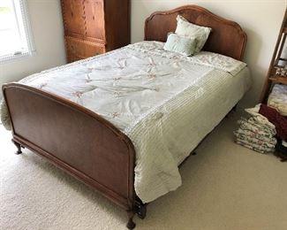 Kindel Furniture bed.