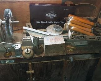 wood lathe, carving knives
