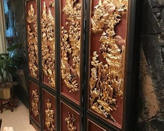 4 PANEL SCREEN WITH RAISED GOLD DESIGN