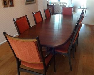 Gudme Danish Dining Table with 2 leaves and 8 Chairs.