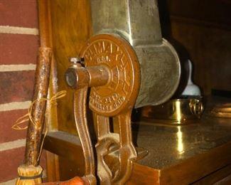 Vintage CLIMAX Hand Crank Counter Mount Meat Grinder