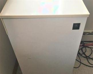 General Electric Refrigerator https://ctbids.com/#!/description/share/274914