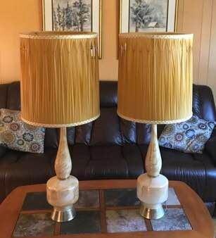 Mid Century Lamps https://ctbids.com/#!/description/share/274919