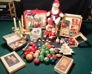 Vintage Christmas Items https://ctbids.com/#!/description/share/274940