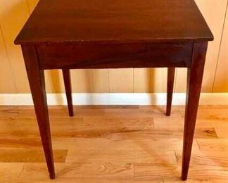 Antique table top deskhttps://ctbids.com/#!/description/share/274944