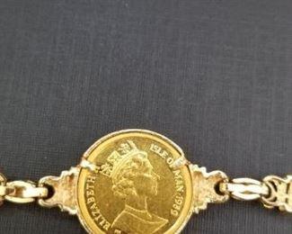 gold crown bracelett