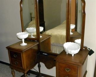 Antique Lammert's Furniture - Dressing Table