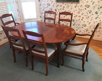 Solid wood Dining Table / Leaf and 6 Chairs $ 380.00