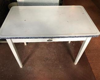 Sellers table!