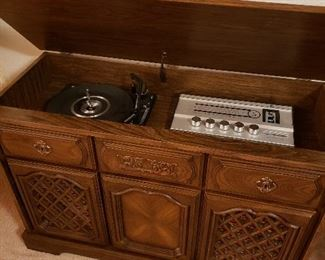 MCM console stereo